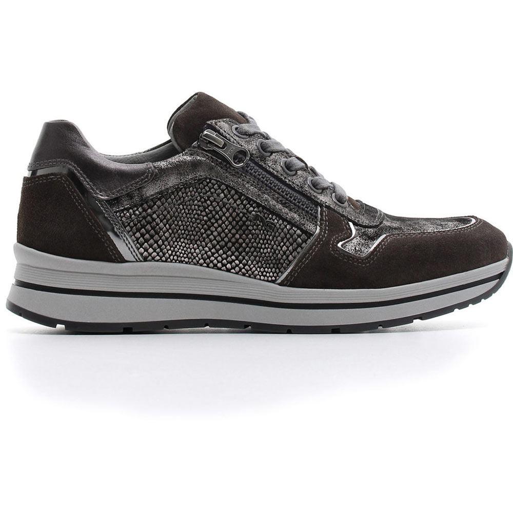 Sneaker in camoscio con inserti in pelle laminata e stampa animalier. Zip  esterna. Collezione Autunno Inverno 2018 Nero Giardini. 2c5c2fda106